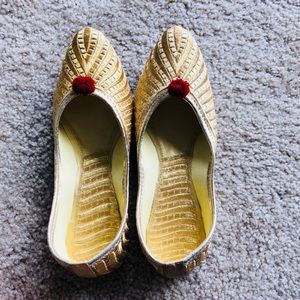 Shoes - New 2018 ! Golden Glam Jutti